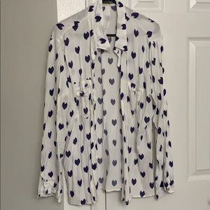 White button down top with navy hearts